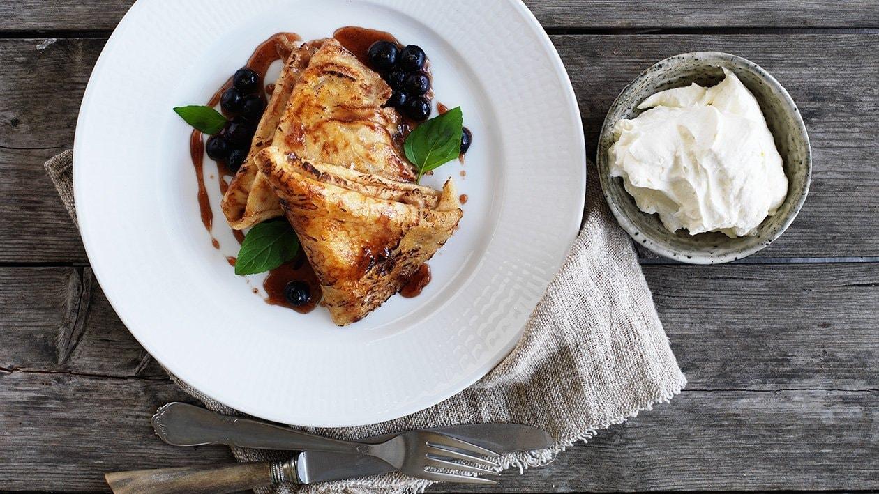 Bornholmske pannekaker med blåbærkrem – Oppskrift