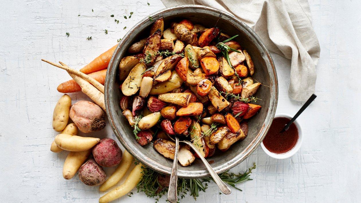 Ovnsstekte rotgrønnsaker og timian – Oppskrift